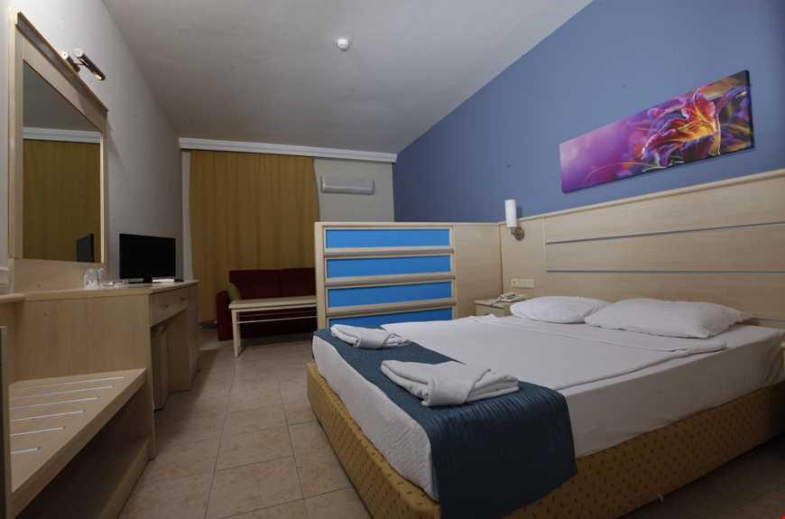 Family odalar tek geniş odadan oluşmakta olup, paravan ile ayrılmaktadır.