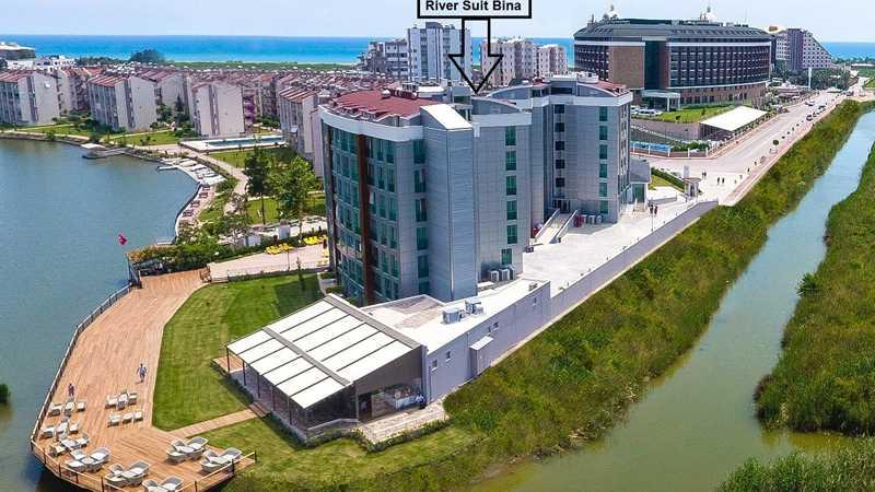 Anex Bina. Tesisin Anex binası, ana binadan bağımsız bir bölümde bulunuyor.