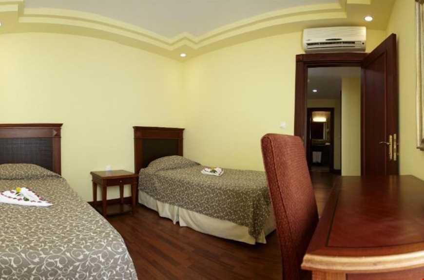Otel Aile Odası