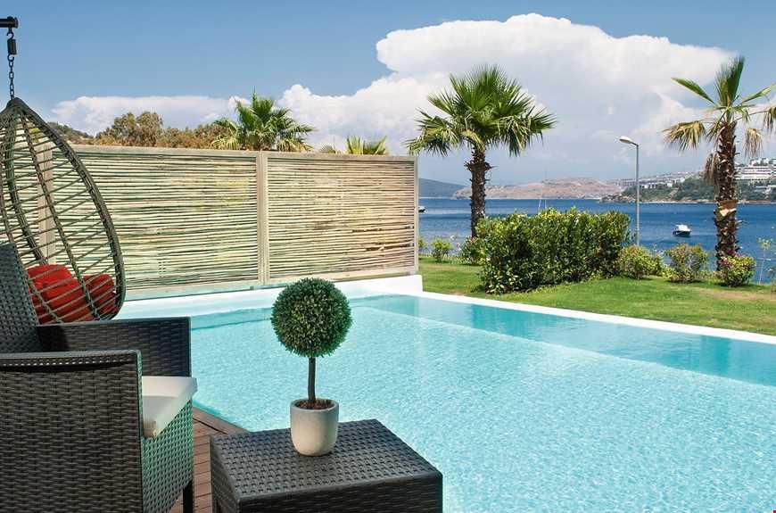 Exclusive Suite Özel Havuzlu Deniz Manzaralı