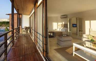 Ceshme Plus Hotel