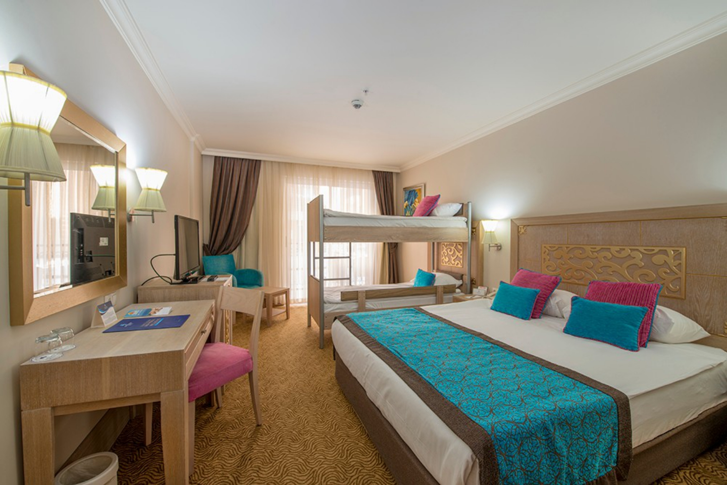 Crystal Hotels Family Resort Spa Boğazkent