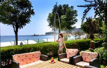 Fame Residence Beach Park