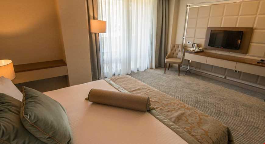 Deluxe Oda 35 m² genişliğindedir.