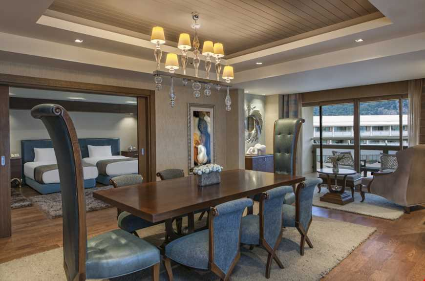 Deniz Manzaralı Presidential Suite