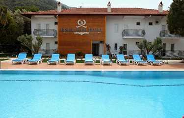 İksirci Baba Hotel