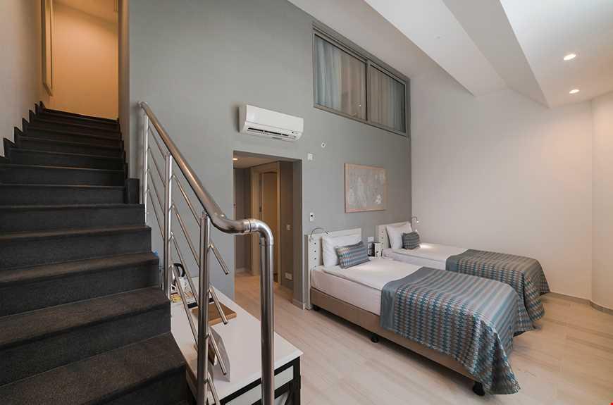 Balkonsuz Dublex Aile Odası