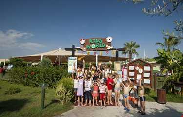 Otium Eco Club Side