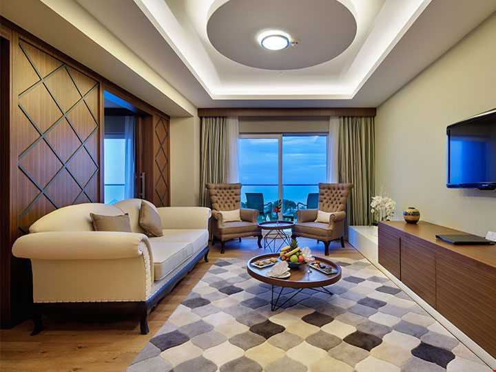 Hotel King Suite
