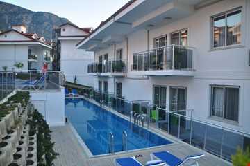 Swim Up Oda Alt Havuz