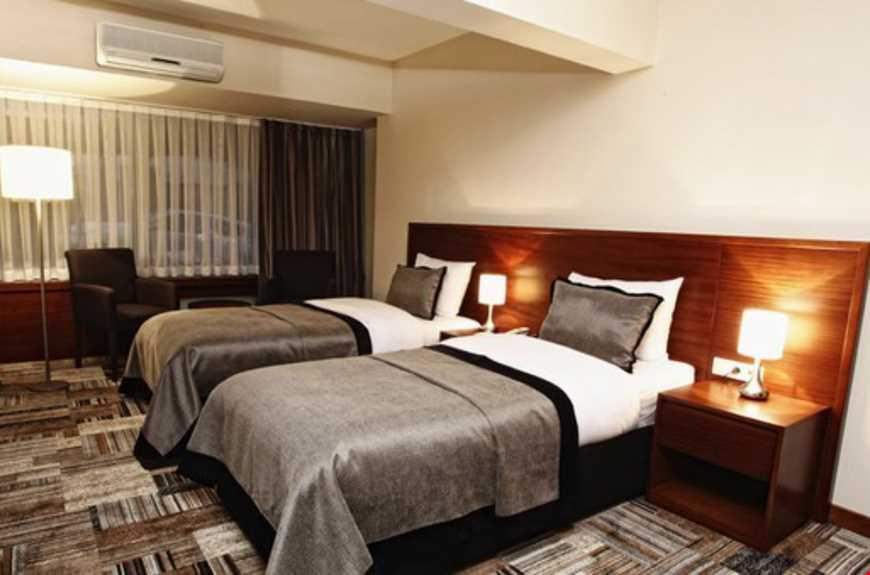 Deluxe oda,20-29 m2 genişliğindedir.