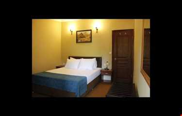 Utopia Lodge Hotel