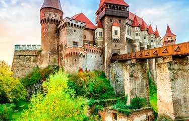 Bükreş Transilvanya Şatolar Diyarı Turu 2 Gece 4 Gün
