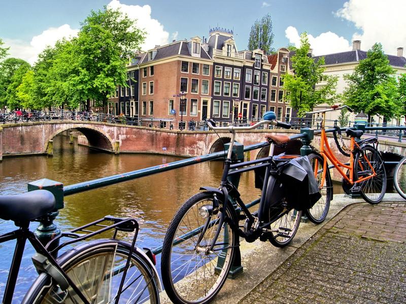 Her Gün Hareketli Amsterdam Turu 4* Corendon City Hotel 2 Gece
