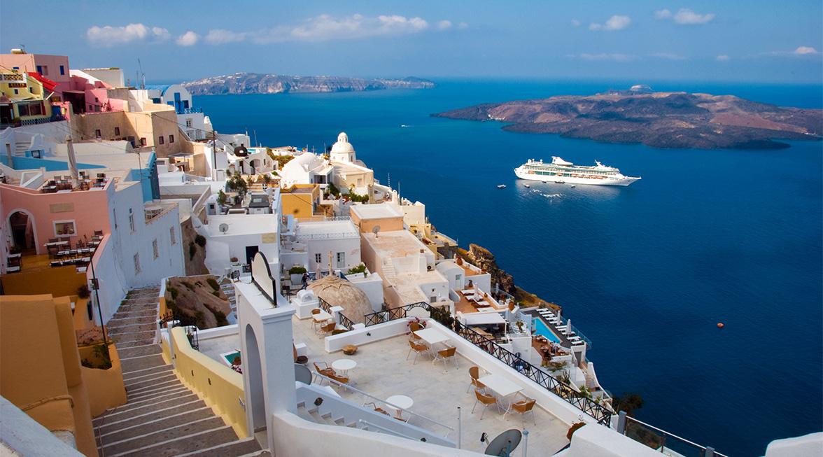 405-Vizesiz Celestyal Olympia ile Yunan Adaları & Atina Iconic Aegean 16 Nisan 2019 - 4n Düşük Sezon